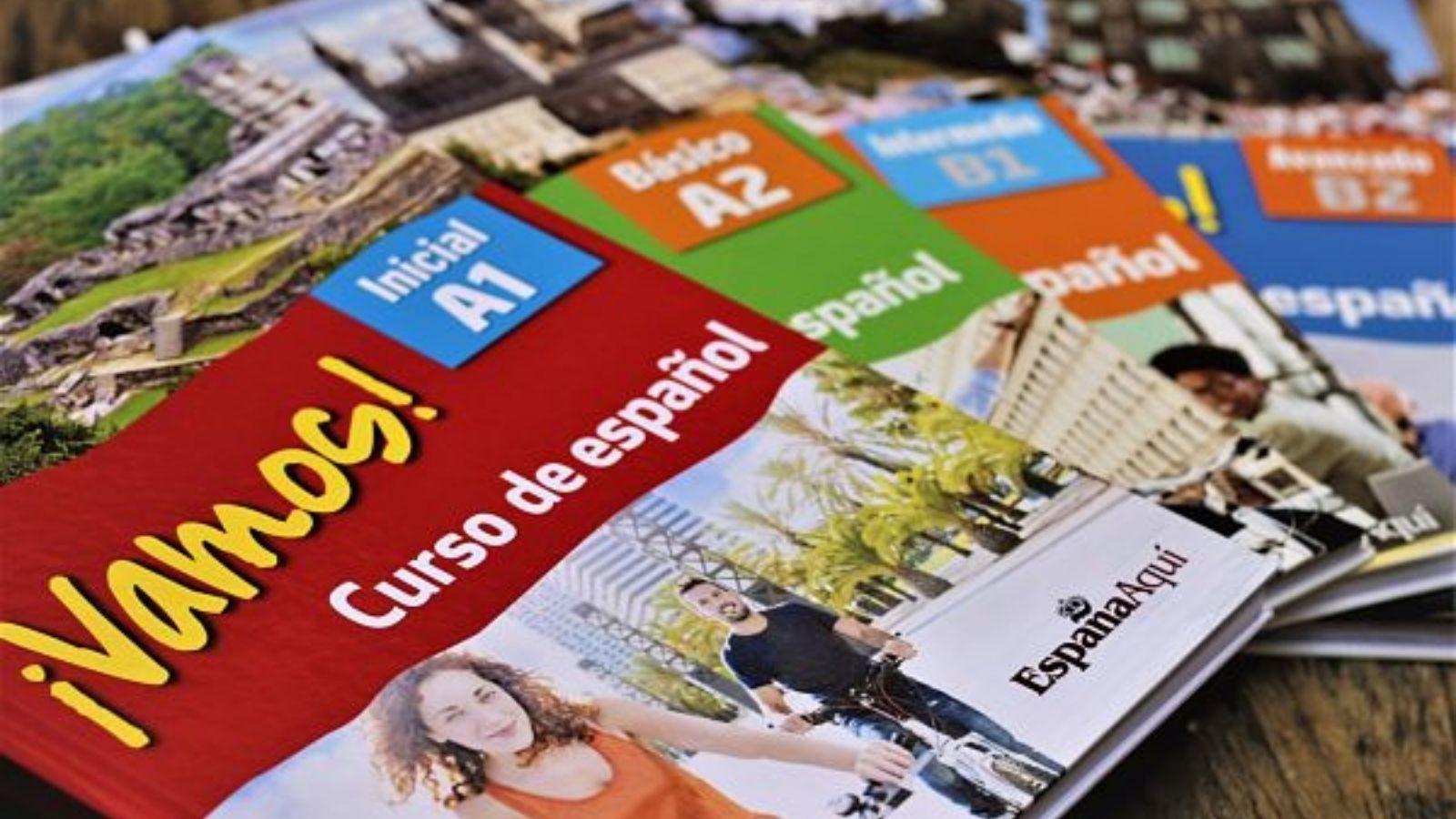 http://www.espanaaqui.com.br/pdf/janeiro%202021/sem%20nome.%20%20colecao.jpg